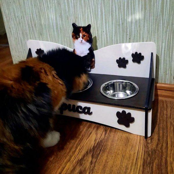 кормушка с мисками для кошки с фото из дерева купить