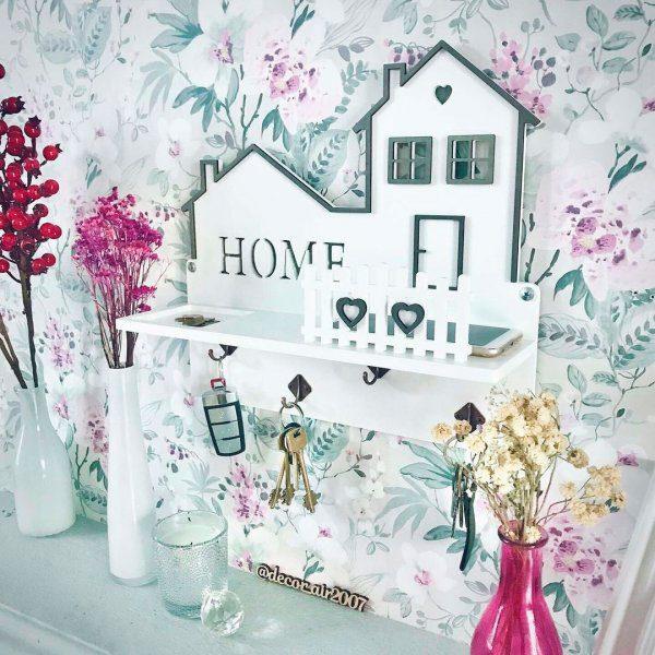 ключница деревянная белая home на стену заказать с фамилией полочка с монетницей для ключей