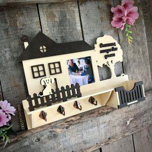 фото ключницы на стену с собачкой фоторамкой и фамилией купить недорого с доставкой