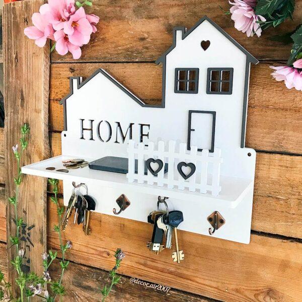 Ключница в прихожую белая домик с надписью Home с полкой и монетницей в магазине подарков с доставкой
