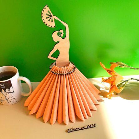 Салфетница деревянная «Девушка с веером»